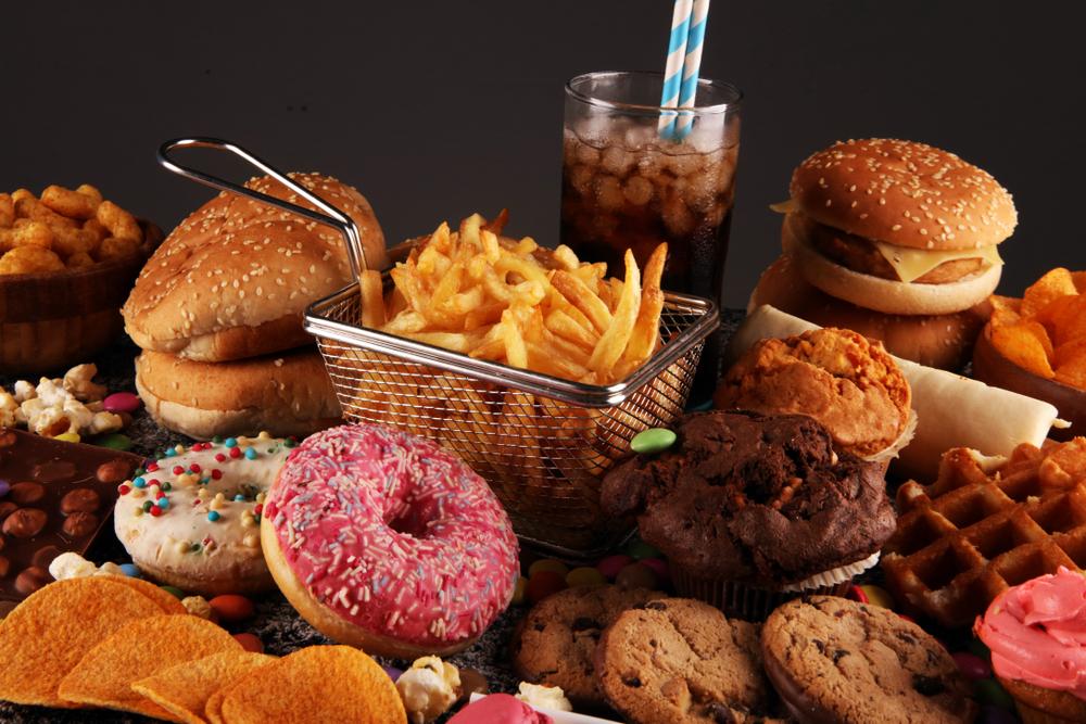 Sağlıksız bir diyet kanser riskini artırabilir.